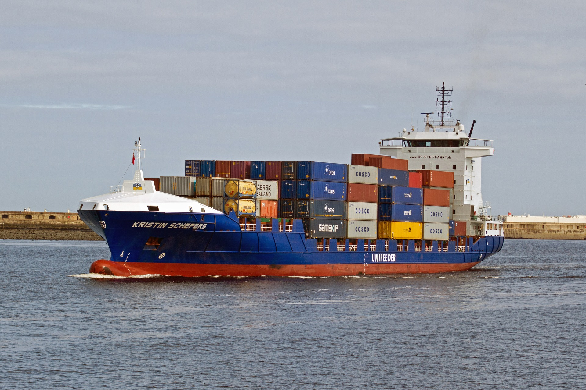 Excess Shipping Capacity: Good or Bad for Business?